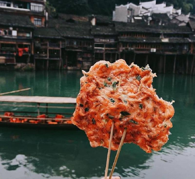 Bánh Tép tại Phượng Hoàng cổ trấn