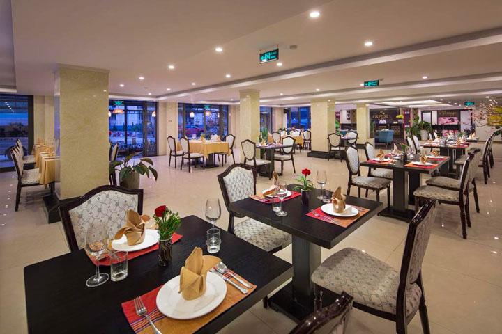 Phòng Ăn Sapa Freesia Hotel