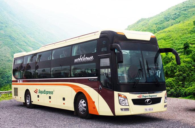 Xe bus Sapa Express