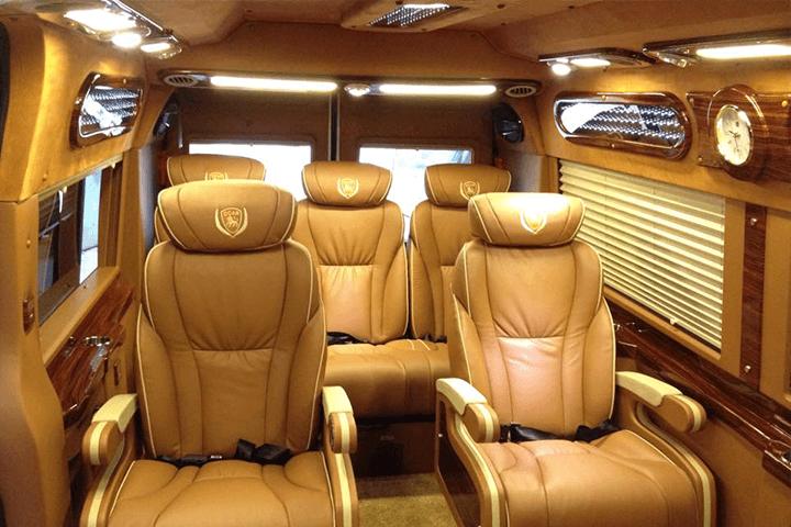 xe Limousine Hanoi Sapa
